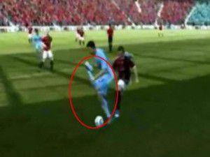FIFA 2012de güldüren hata (Video)