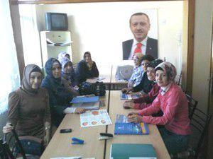 AK Parti Sarayönü Kadın Kolları kongresi yapıldı