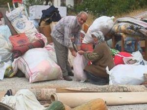 Konyada ev yıkıldı, yaşayanlar dışarda kaldı