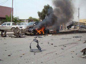 Bomba yüklü araçlarla saldırdılar