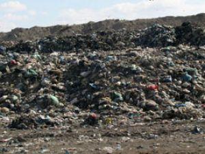 Cihanbeylide köy çöpleri toplanıyor
