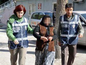 Konyadaki aileden 40 paket esrar çıktı