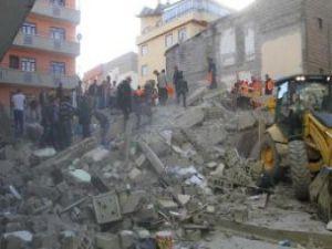 Depremde kurtarılan anne depremi anlattı