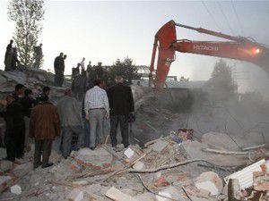 5 ülkeden daha deprem yardımı geldi