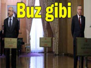 Kılıçdaroğlu Erdoğanla tokalaşmadı