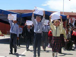 420 bin öğrencinin karne sevinci