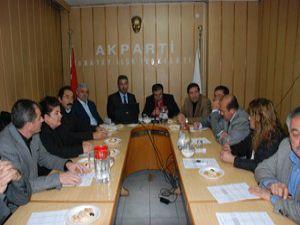 Karatayda aile meclisi toplandı