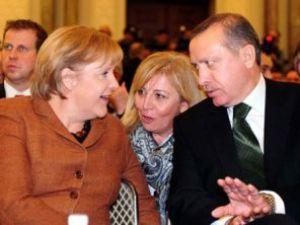 Türkler İçin Çifte Vatandaşlık Reddedildi