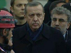 Başbakan Bayram Otelinin enkazında
