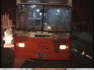 Düğüne giden otobüse saldırdılar