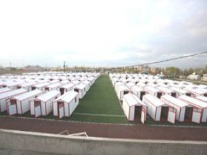 Depremzedeler Mevlana Evlerine taşınmaya başladı