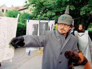 Türkler ajan gözetiminde öldürüldü
