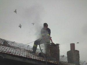 Akşehirde baca yangını korkuttu