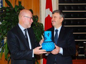 Norveç Büyükelçisi Akyüreki ziyaret etti
