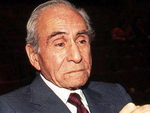 Ömer Lütfi Akad hayatını kaybetti