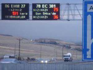 Hızlı şoförler plakalı dijital radara yakalanıyor