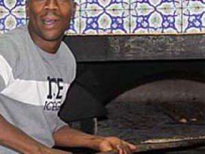Kere etliekmek pişirdi, Ali Dere yedi