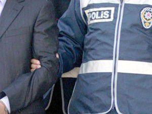 Konyada 4 kişi 5 kilo esrarla yakalandı