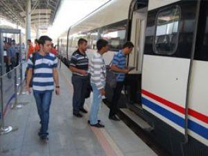 Gençler Hızlı Treni sevdi
