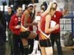 Galatasarayın voleybolcuları mahsur kaldı