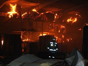 Bursada apartman dairesinde yangın: 4 ölü