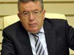 Prof. Özcan, Köşke başdanışman oluyor
