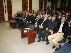 AK Parti siyaset akademisi sürüyor