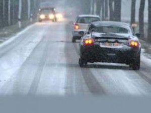 Aksekide kar 15 santimetreyi buldu