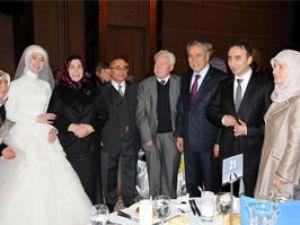 Bakanlar Konyada düğüne katıldı