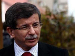 Bakan Davutoğlu Konyada Fransayı uyardı