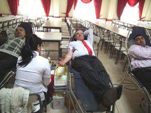 Akşehirde protokolden kan bağışı