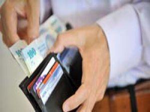 Hane halkının yüzde 45i gelirinden fazla harcıyor
