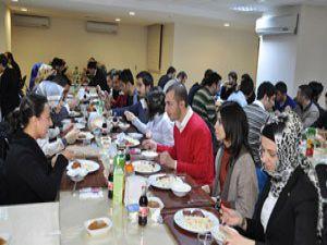 Başkan Kalaycıdan öğrencilere yemek