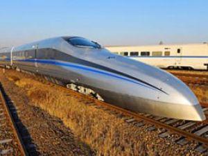 Saatte 500 km hızla giden tren