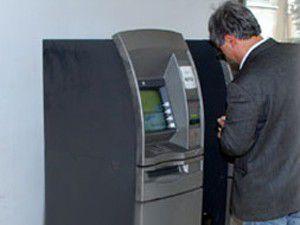 Koca ATMyi çaldılar!