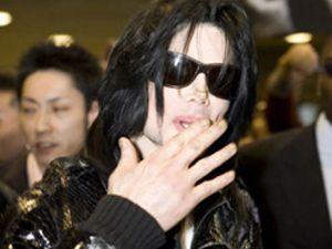 Michael Jackson öldü!