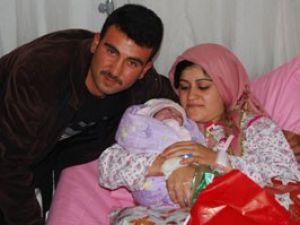 Konyada yeni yılın ilk bebeği