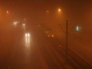 Konyada yoğun sis etkili oldu