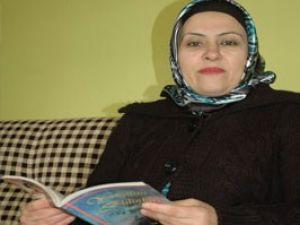 Engelli kadın, şiirle hayata tutundu