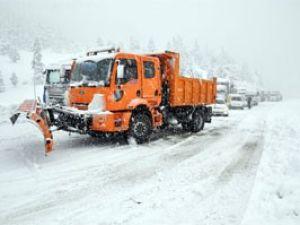 Konya-Antalya yolunda yoğun kar