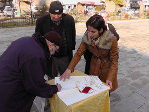 Huzurevi yapılması için imza kampanyası