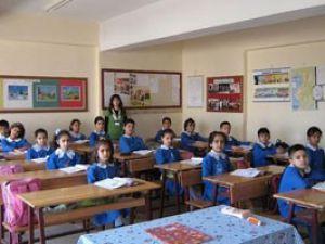 Okul sıralarında bel desteği uyarısı