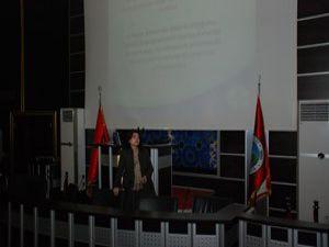 Karatay konferansları devam ediyor