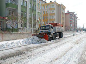 Karatayda kar temizleme çalışmaları