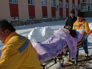 Kalp krizi geçiren kadın, Konyaya sevk edildi