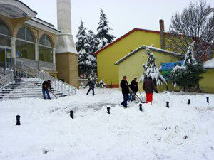 Kuluda kar yağışı