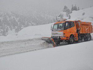 Seydişehir-Antalya karayolunda kar engeli