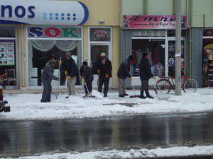 Karapınarda karla mücadele çalışmaları