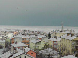 Kar fotoğraflık manzara oluşturdu