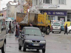 Beyşehirde kar temizliği